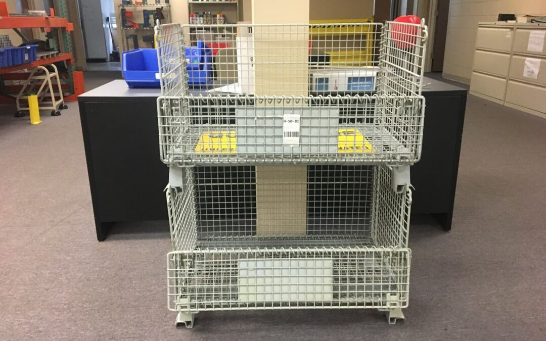 Used Collapsible Stackable Wire Baskets